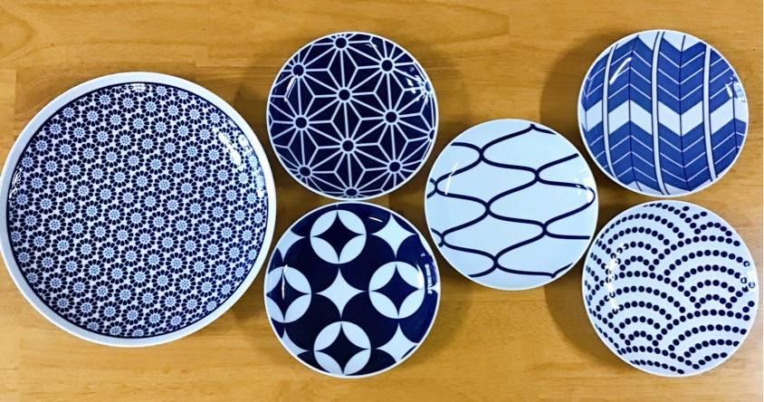 大皿と5枚セットの取皿の写真