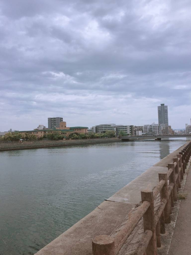 樋井川沿いから西新の方の写真