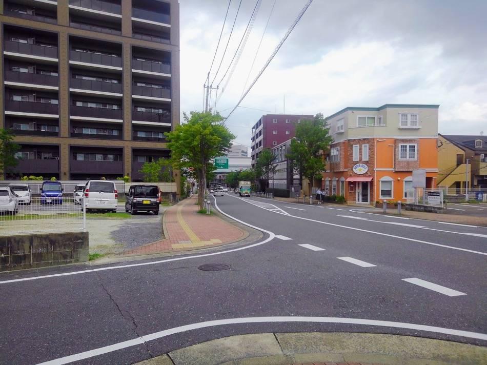 福岡都市高速への道へ