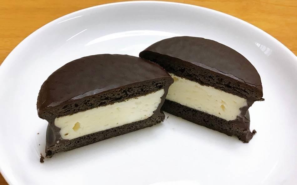 チョコクッキーサンドの断面