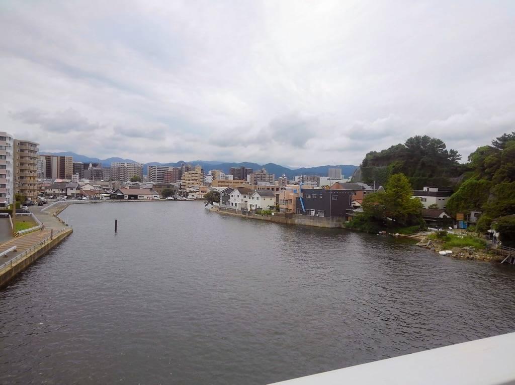 西福岡マリナ大橋の名柄川側