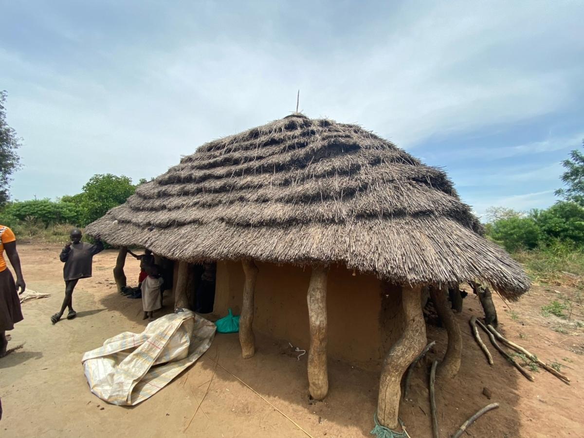 ウガンダの貧困地域の家