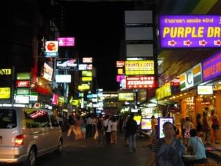 夜のバンコク、タニヤ街