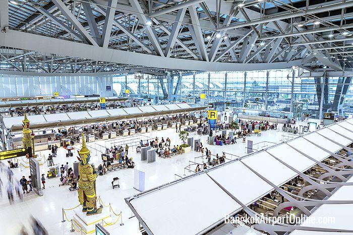スワンナプーム空港のロビー