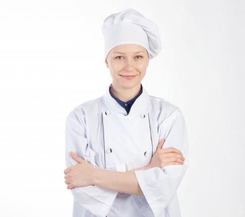 飲食店バイトの女性キッチンスタッフ