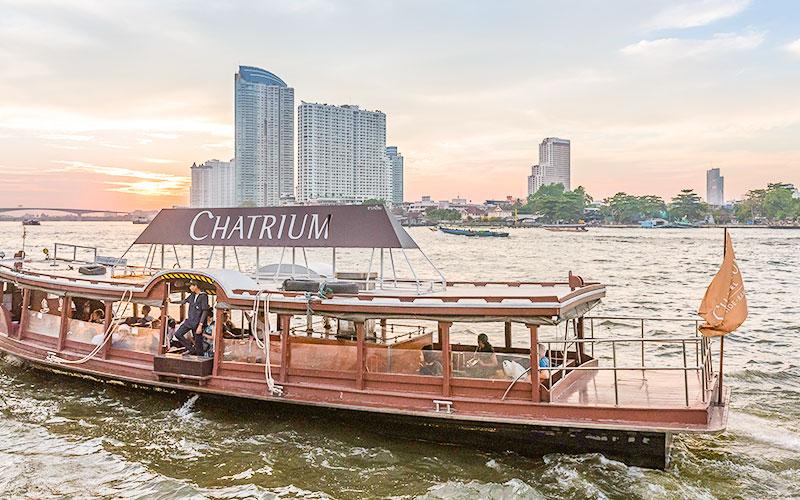 チャトリウムリバーサイドバンコクのシャトルボート