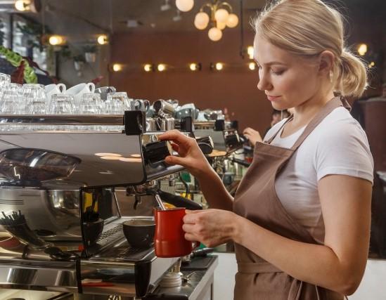 掛け持ちバイトの一例、カフェのバリスタ