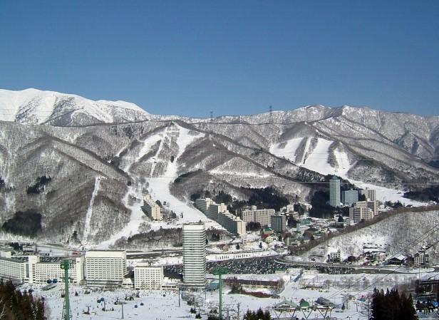 スキー場のホテル群