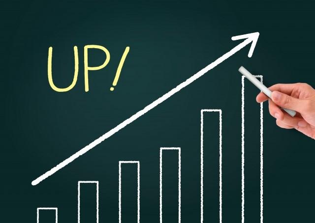 会社の売上が伸びていく棒グラフ
