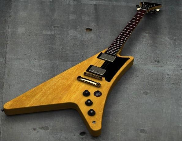松戸市で捨てる予定のエレキギター