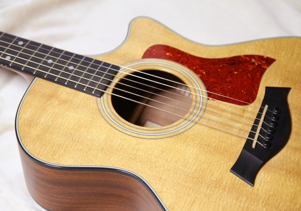 長野市で処分するアコースティックギター