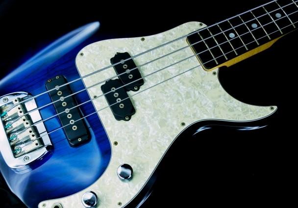 豊橋市で捨てる予定のエレキギター