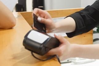クレジットカード端末