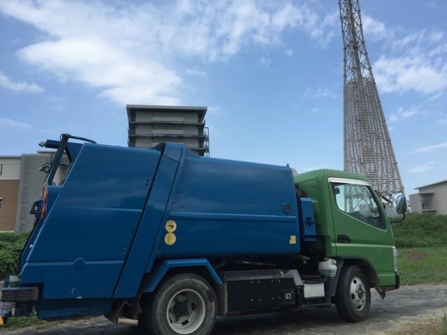 奈良市の大型ごみ収集車のイメージ