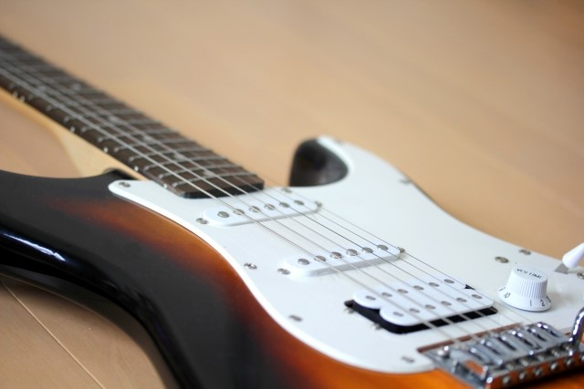 和歌山市で捨てると粗大ごみになるエレキギター