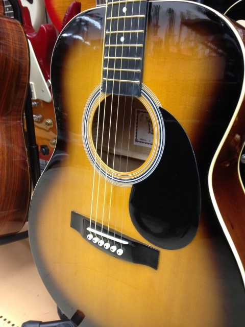 長崎市で買取されたアコースティックギター
