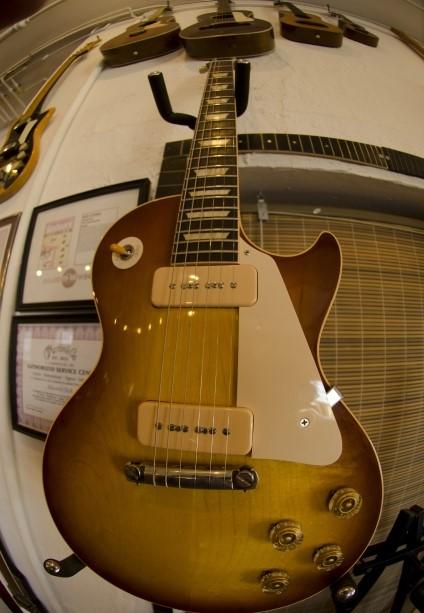 北九州市で買取された古いエレキギター