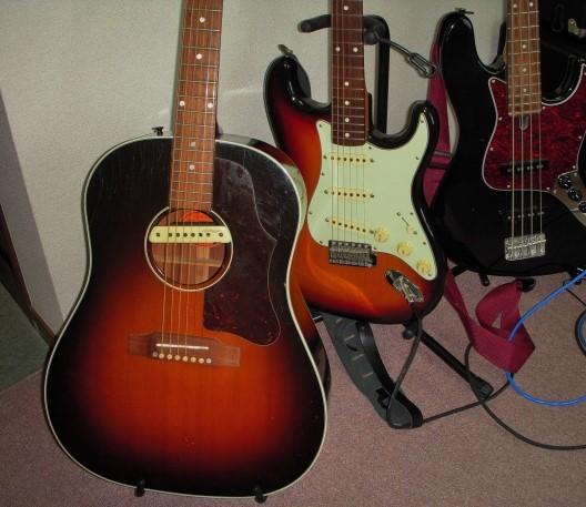 松山市で買取価格が高いフォークギターとエレキギター