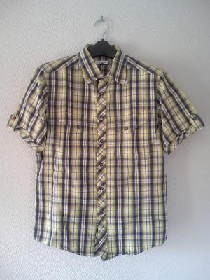 アーベーベーオムのチェックのシャツ