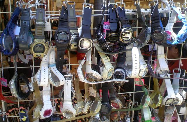 四天王寺の毎月ある縁日、鉄道落とし物の時計売り