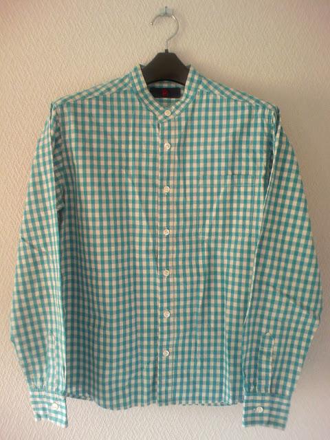 四天王寺の縁日で買った、ギンガムチェックの古着のシャツ