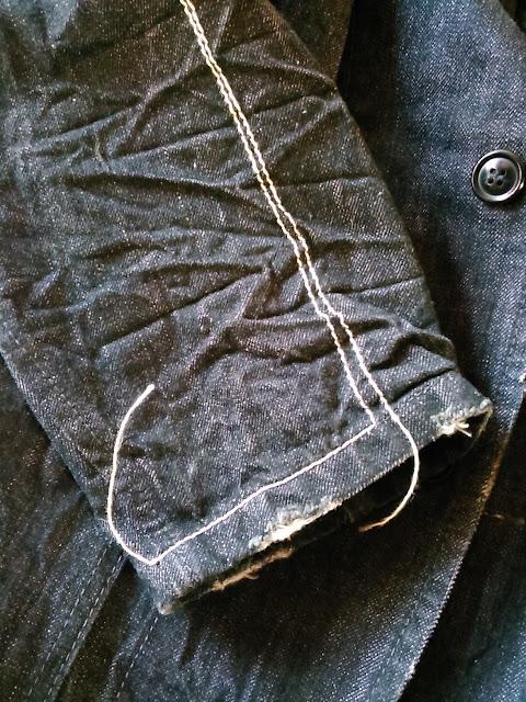 リーバイス・レッドループのテーラードジャケット(袖口)