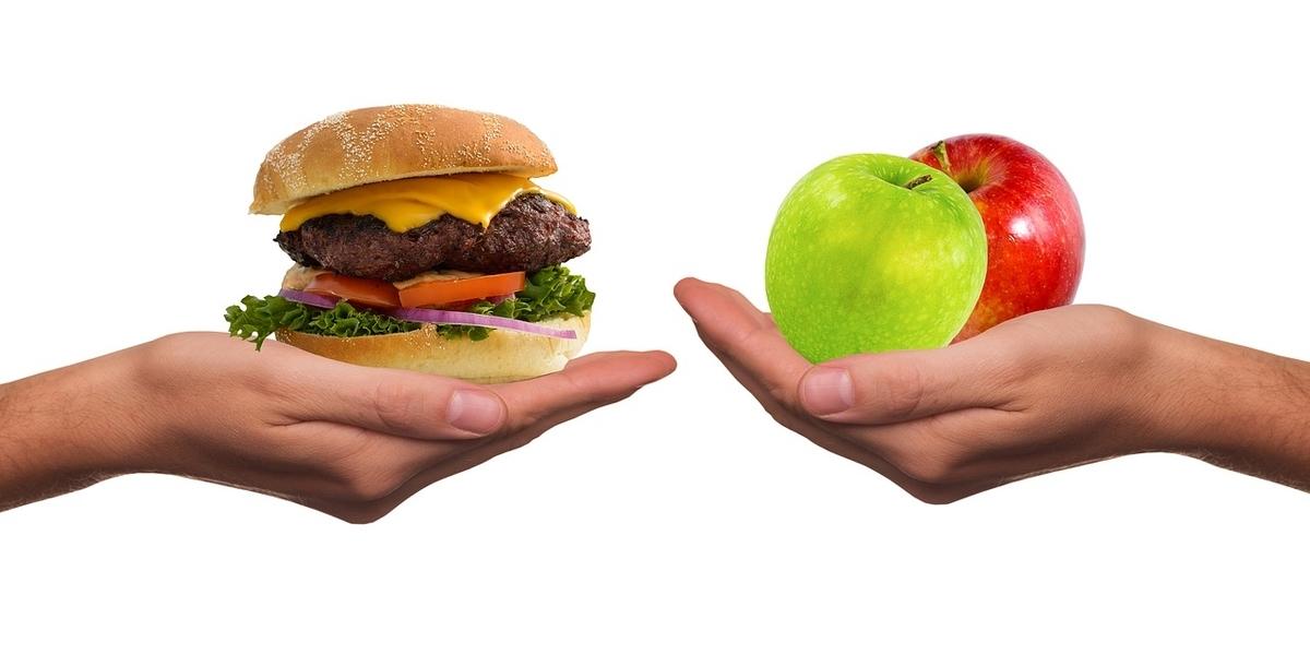 ハンバーガー、りんご、マナ酵素