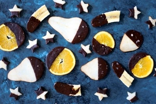 チョコがけフルーツの写真