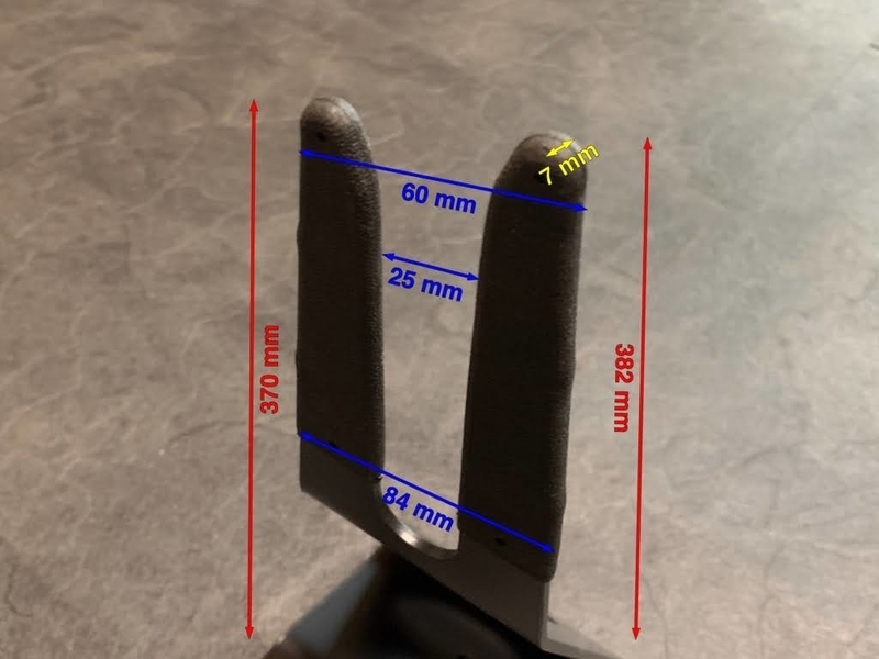GIZA PRODUCTS(ギザプロダクツ) ディスプレイスタンド リア引っ掛けタイプ2爪の寸法図