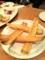 20101124の夕食。ワンサカンサ。ガーリックパン。
