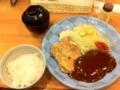 20101205の夕食。洋食屋とんはる。コンビ定食。