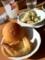 20110108の昼食。Rosso。パンとサラダ。