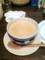 20110211の夕食。トアル食堂。番茶ミルク。