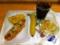 20110803の朝食。ヴィドフランス。タコスオニオンドッグ、クロックムッ