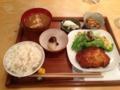 20130109の夕食。common cafe。トアル食堂。チキンカツ定食。