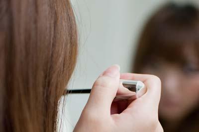 化粧を直す時間もなく仕事に追われる