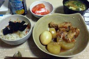 手羽と大根の煮物