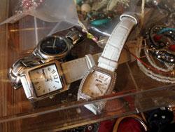 看護師とプレゼントと時計