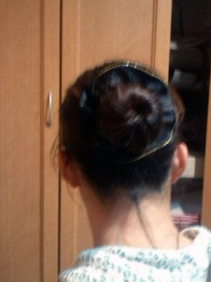 看護師の髪型 おだんご+シュシュ