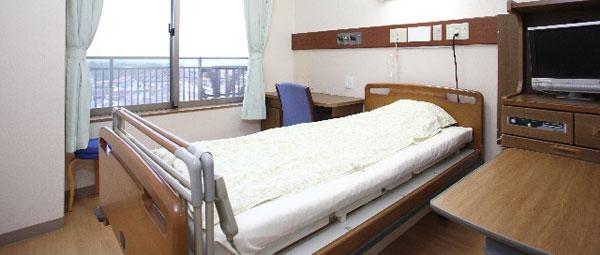 病院では男女混合の病室はなく、男女別が普通だと初めて知った
