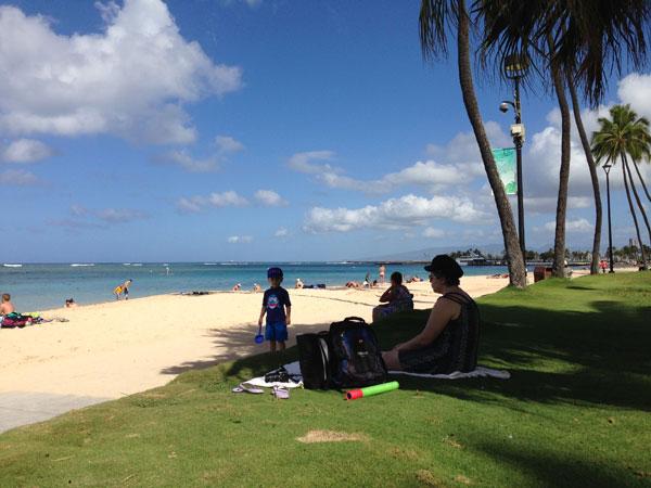 ビーチでのんびり in ハワイ