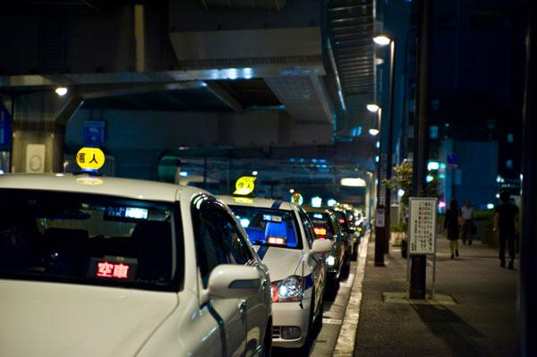 看護師の深夜勤とタクシー