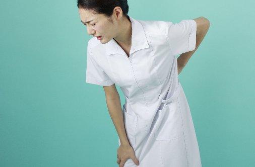 看護師の腰痛