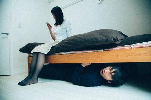 仕事と家庭の両立に悩む