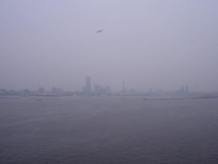 みなとみらい, 横浜 (Jul. 2005)
