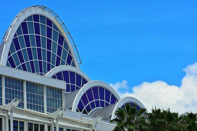 ステンドグラス 建物