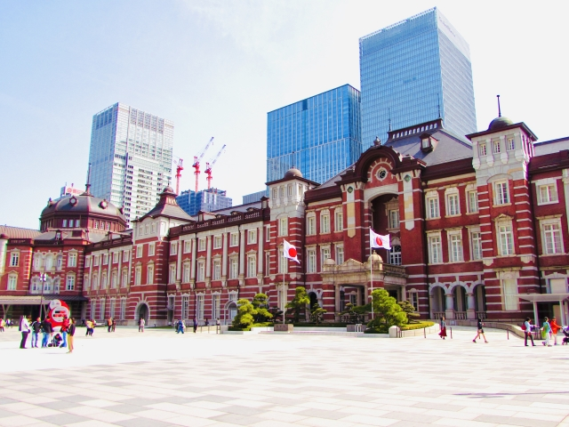ステンドグラス 東京駅