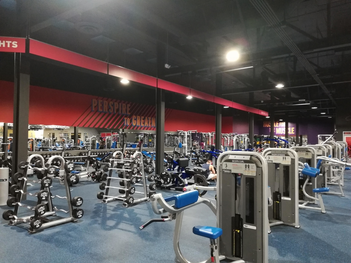 Crunch Fitness - Reno
