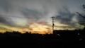 アクリルで描いたような空