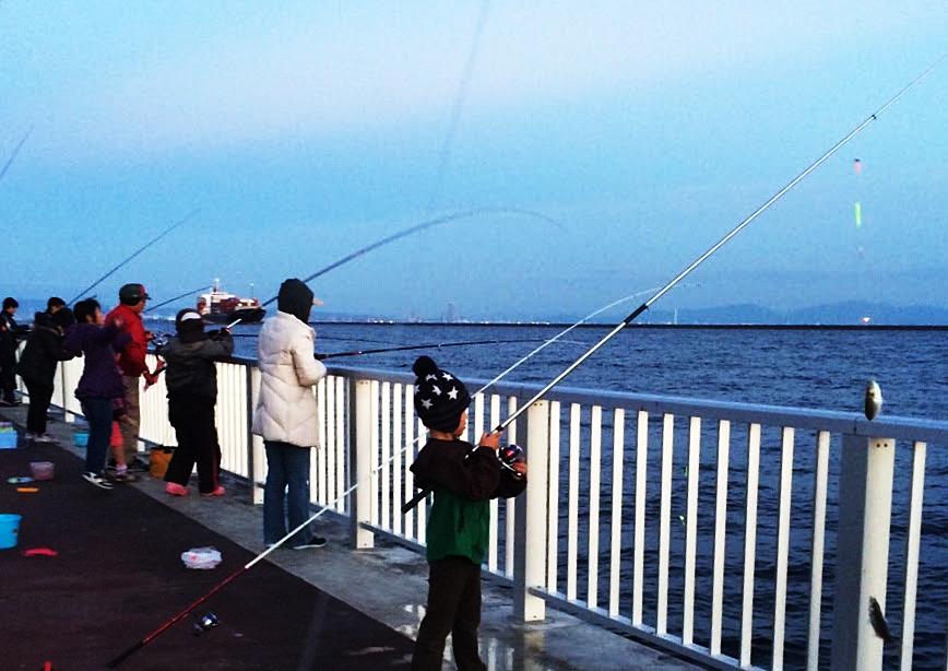 大阪湾での釣り風景